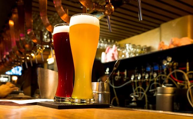 4/23は「地ビールの日」!気になる彼との距離を縮めるビールデートのすすめ