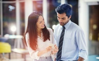 転勤をきっかけに距離を縮める秘訣は?片思い、両思い…経験者は語る