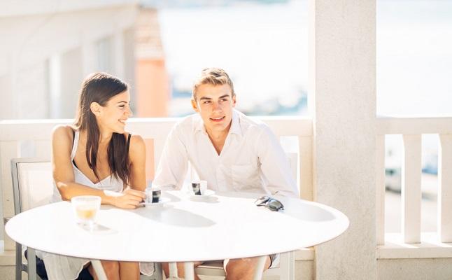 「初デート恐怖症」の特効薬!誘い方と印象アップの心理テクニックを解説