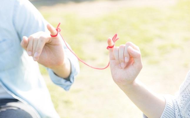 本当の愛は壊れない!困難に直面しても破局せず、絆が強まるカップルと ...